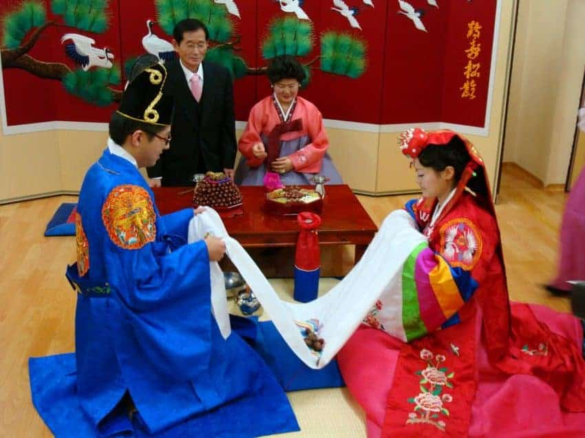 13 Steps in Traditional Wedding in Korea – Etiquette – Ceremony