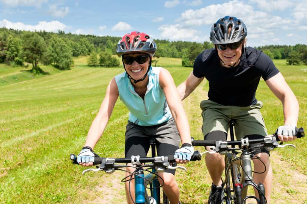 do outdoor sport together