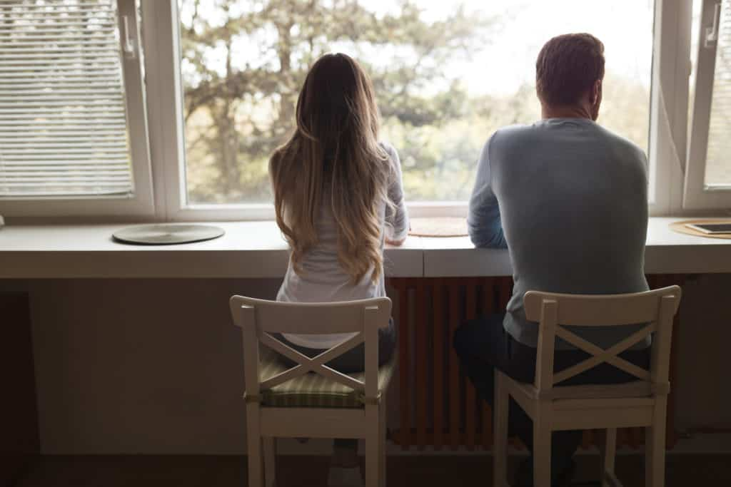 more ways to know that your high school sweetheart is cheating