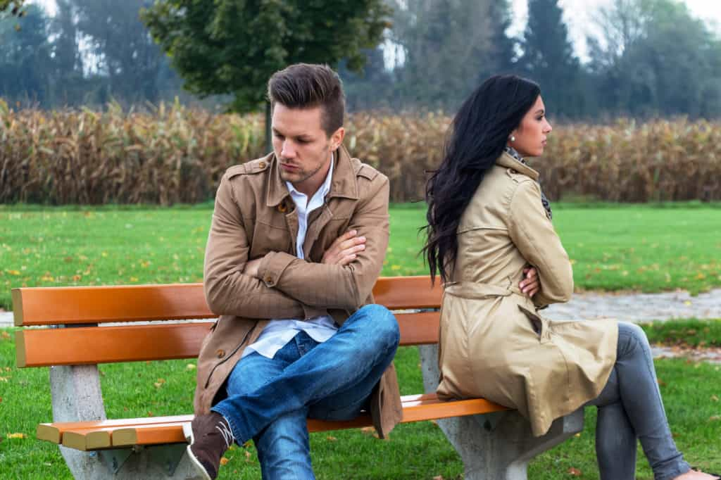 tips to know that your girlfriend is ending the relationship