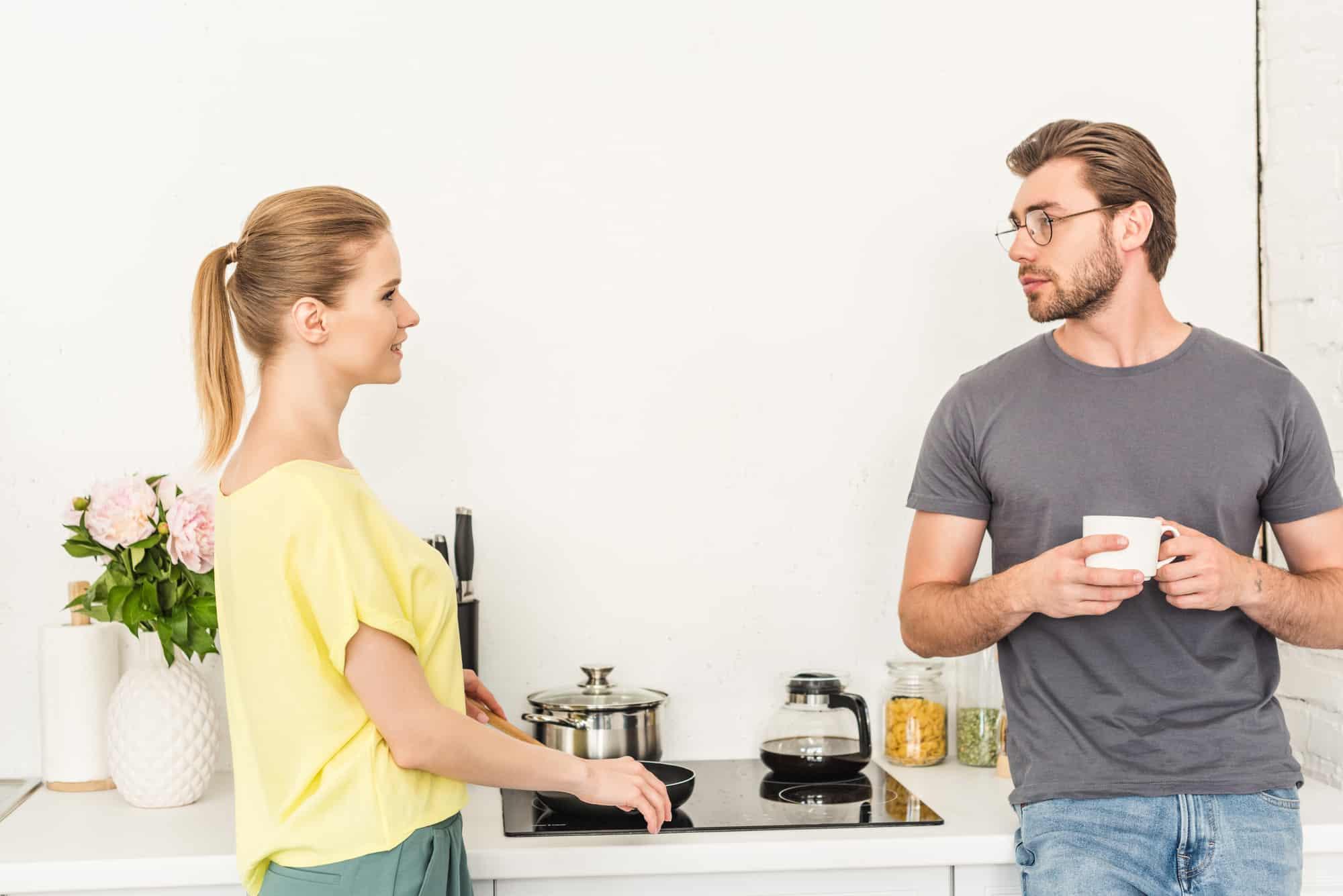 Smart Ways To Deal With A Selfish Boyfriend - LoveDevani.com