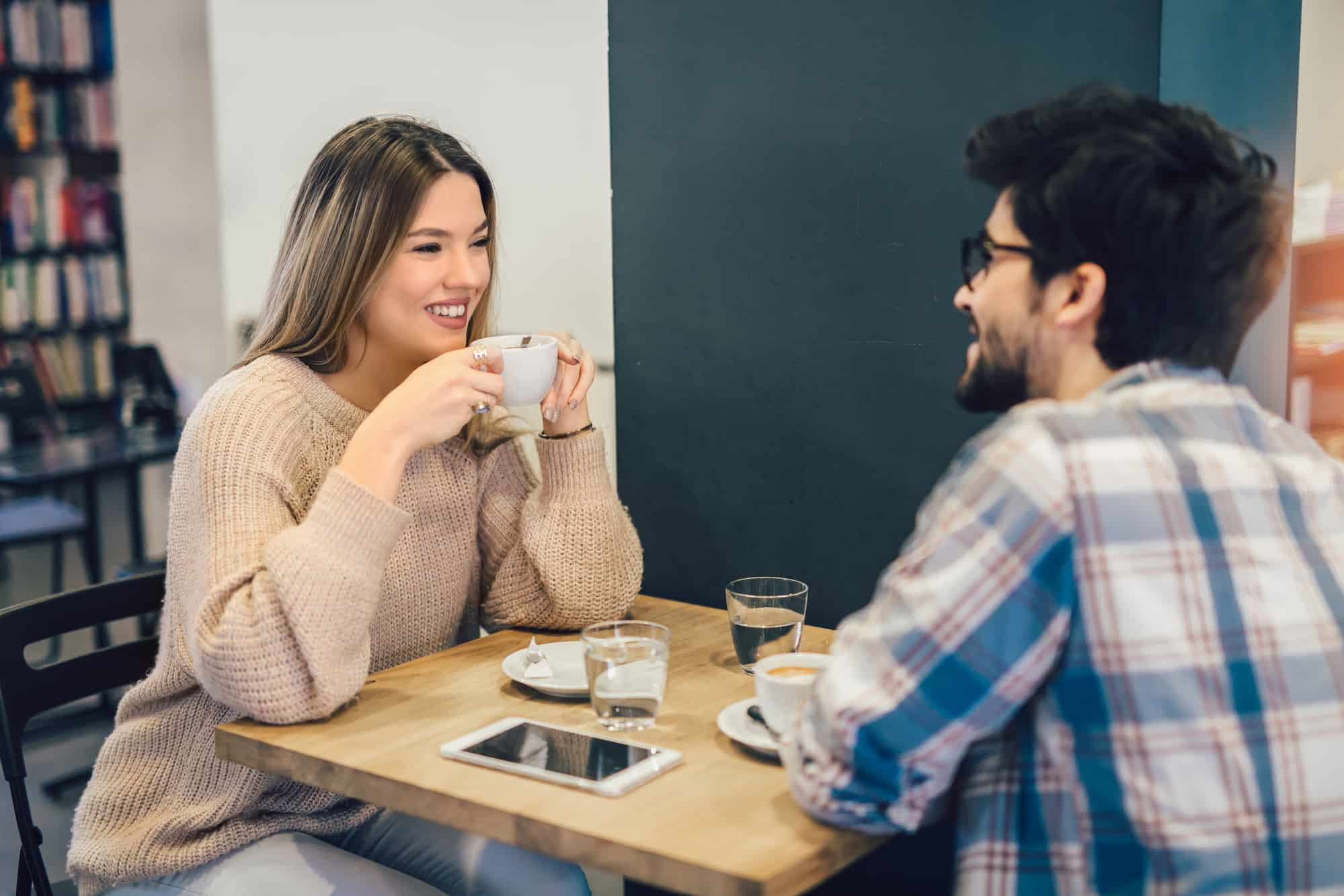 How To Know Someone Likes You Secretly (31 Interesting