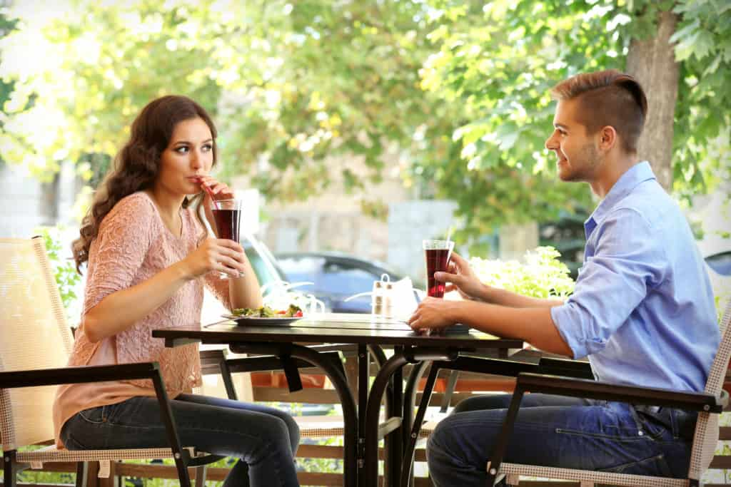 spend time dating around